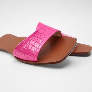 NWT Zara Pink Animal Print Flat Sandals, 6.5